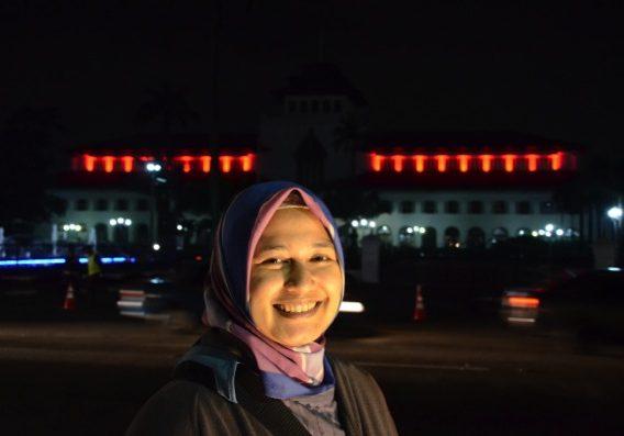19/365: Mencari Lampu di Gedung Sate